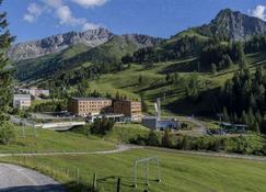 Jufa Hotel Malbun Alpin Resort - Triesenberg - Außenansicht