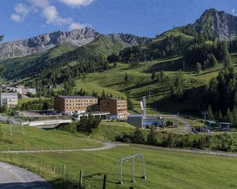 Jufa Hotel Malbun - Alpin-Resort - Triesenberg - Außenansicht