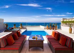 فندق وسبا سوفيتيل البحرين الزلاق ثالاسا سي - المنامة - حوض السباحة