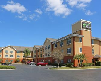 Extended Stay America-St. Petersburg-Clearwater-Executive Dr - Clearwater - Building