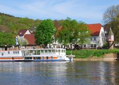 Zum Weserdampfschiff - Bad Karlshafen - Außenansicht