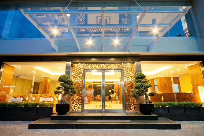 Diamond Hotel - Phnom Penh - Edificio