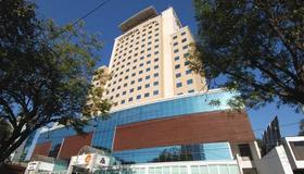 Vitoria Hotel Concept Campinas - Campinas - Rakennus