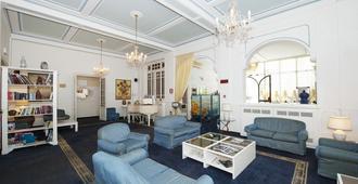 Hotel London - Viareggio - Living room