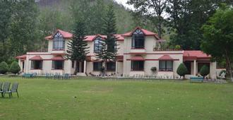 WelcomHeritage Corbett Ramganga Resort - Rāmnagar - Building