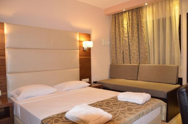 4-You Residence - Salonikiou - Bedroom