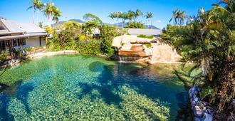 Cairns Colonial Club Resort - קיירנס