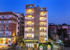 Kathmandu Suite Home - Kathmandu - Building