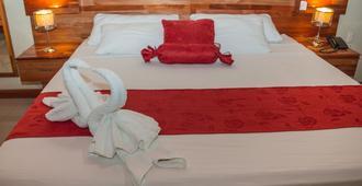 Hotel Golden Star - איקיטוס