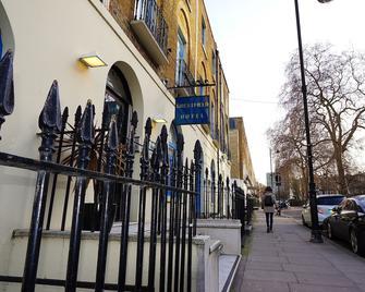 Crestfield Hotel - London - Outdoor view
