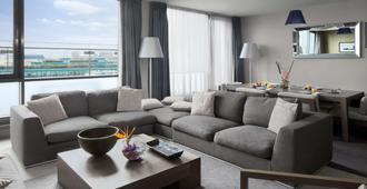 Radisson Blu Royal Hotel, Dublin - Dublin - Living room