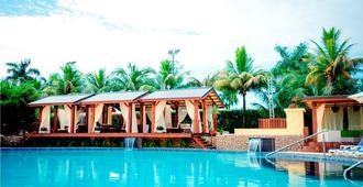 Torarica Resort - Paramaribo - Piscina