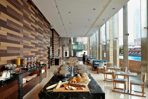 雅加達門騰輝盛庭國際公寓 - 雅加達 - 自助餐