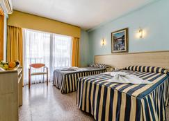 Hotel Mediterraneo - Guardamar del Segura - Schlafzimmer