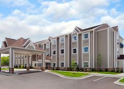 Microtel Inn & Suites by Wyndham Marietta - Marietta - Building