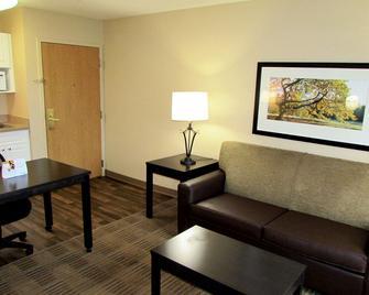 Extended Stay America Suites - Piscataway - Rutgers University - Піскатавей - Вітальня