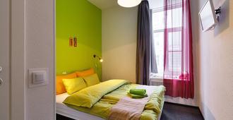 Station Hotels K43 - Αγία Πετρούπολη - Κρεβατοκάμαρα