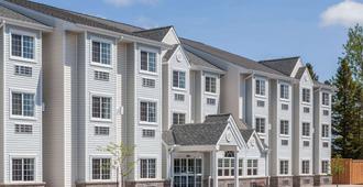 Microtel Inn & Suites by Wyndham Sault Ste. Marie - Sault Ste Marie