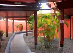 Hotel Chez Jimmy - Port Gentil - Vista del exterior