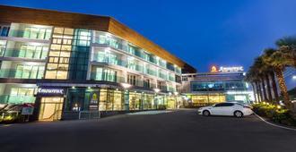 Amoureux - Ciudad de Jeju - Edificio