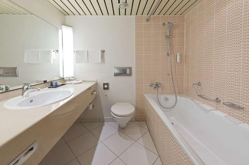 Achat Plaza Karlsruhe - Karlsruhe - Bathroom