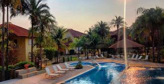 Hotel Pousada Aguas de Bonito - Bonito - Pool