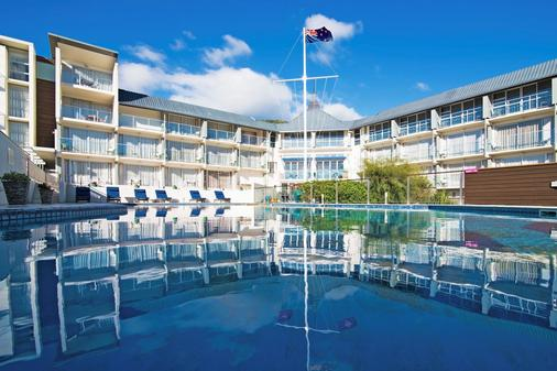 Picton Yacht Club Hotel - Picton - Building