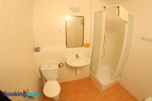 Hotel Spectrum - Trnava - Bathroom