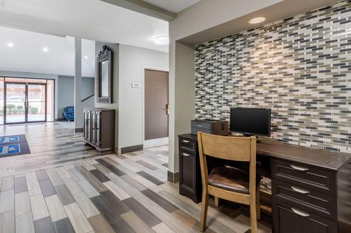 Rodeway Inn - Tuscaloosa - Business centre