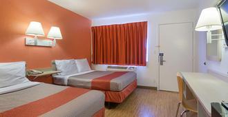 Motel 6 Topeka Northwest - Τοπίκα - Κρεβατοκάμαρα