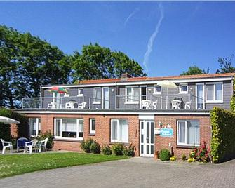 Pension Sielmöwe - Neuharlingersiel - Gebäude