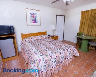 Mission Bell Motel - Ventura - Bedroom