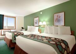 Super 8 by Wyndham West Fargo Main Ave ND - West Fargo - Bedroom