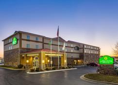 La Quinta Inn & Suites by Wyndham Rockford - Rockford - Edificio