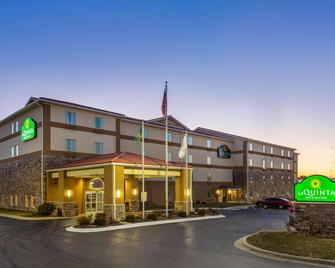 La Quinta Inn & Suites by Wyndham Rockford - Rockford - Edificio