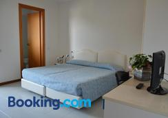 Hotel Sirenetta - Градо - Спальня