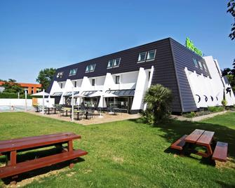 ibis Styles Toulouse Labège - Labège - Building