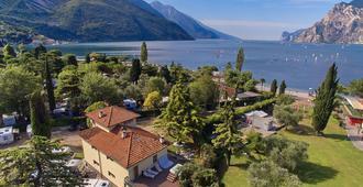 Villa Torbole - Torbole - Vista del exterior