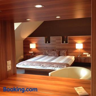 Hotel Alfa - Győr - Bedroom