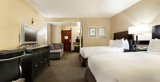 Radisson Hotel JFK Airport - Queens