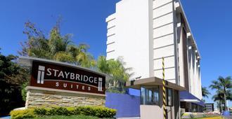 Staybridge Suites Guadalajara Expo - Guadalajara - Gebäude