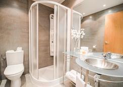 佩蒂特宮克里佩爾格蘭大道酒店 - 馬德里 - 馬德里 - 浴室