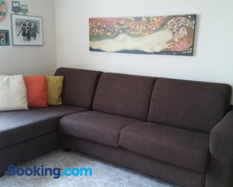 Urbanova Apartment - L'Altet - Living room
