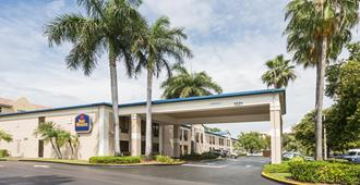 Best Western Fort Lauderdale Airport/Cruise Port - Fort Lauderdale - Edificio