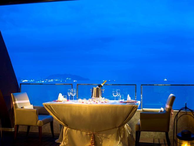 Pullman Oceanview Sanya Bay Resort & Spa - Sanya - Baari