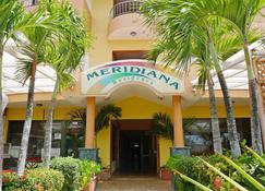 Meridiana Residence - Guayacanes - Edificio