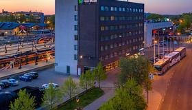 Go Hotel Shnelli - Tallinna - Näkymät ulkona