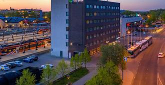 Go Hotel Shnelli - טאלין - נוף חיצוני