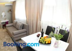 Studio Apartments Mirakul - Split - Ruang tamu