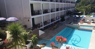 Hotel La Quinta Exxpres - פלנקה